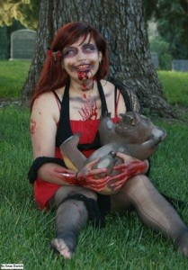 Pauline Zombie Cosplay Cosplague with Teddy Bear
